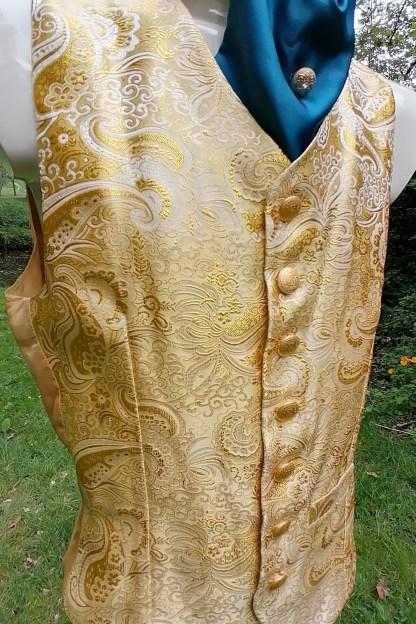 Tailored Jacquard golden Vest, front-side 1