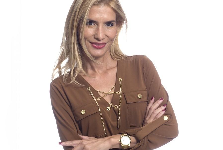 Ana García esteticista en cirugía facial benidorm, Alicante
