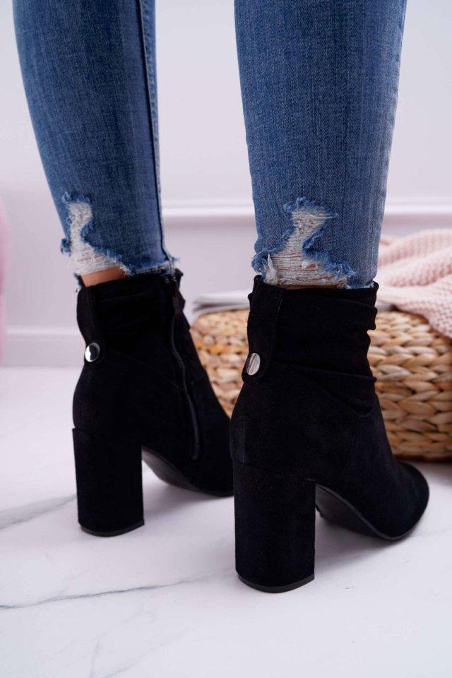 semišové boty čištění