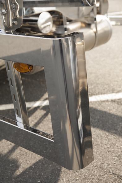 Remolque cisterna autoportante para transporte de productos alimentarios