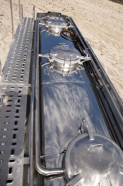 Cisterna sobre camión formato elíptico