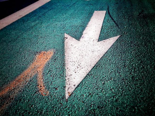 Arrow Down 8