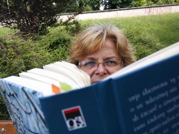 Dorina Danila Autori Romani