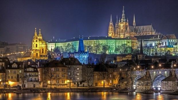 Prague-Castle-Prague-Czech-Republic-Theestle.Com-1-1024x576