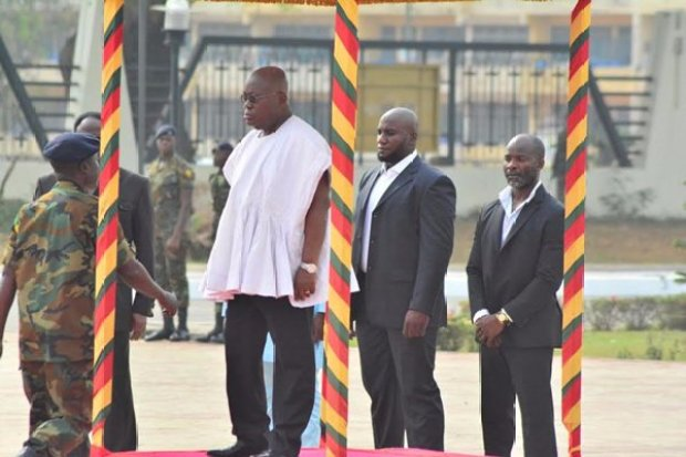 nana-addo-inspects-gaurd-of-honour-12