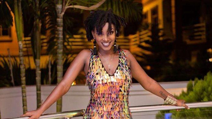 Ebony reign die in car crash