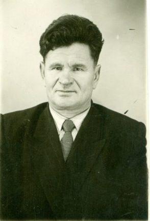 Краснов Сергей Павлович, директор школы № 66