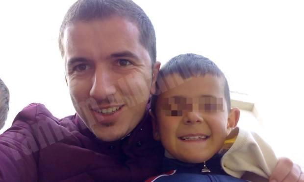 Gentjan Hajdari me një nga fëmijët e qendrës Tamam Albania. Citizens Channel