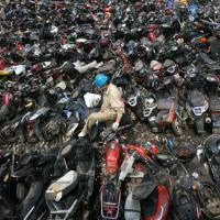 Motos à la casse (Wuhan, Chine)