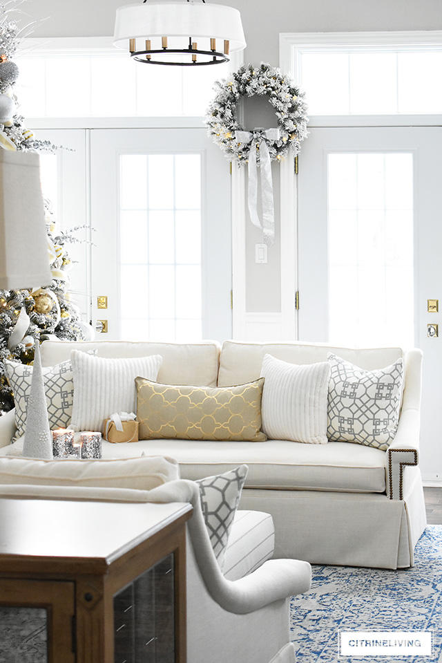 CHRISTMAS LIVING ROOM: GORGEOUS DECOR FROM WALMART! on Pictures For Room Decor  id=35692