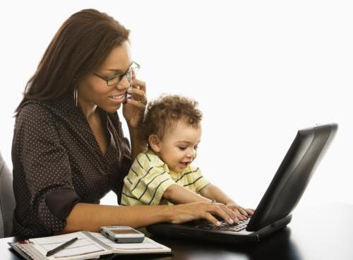 Motherhood and Raspberry Pi: Challenges for Mothers in Technology