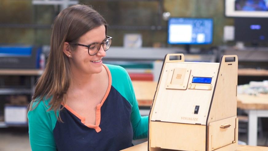 Julia Kramer and Visualize device