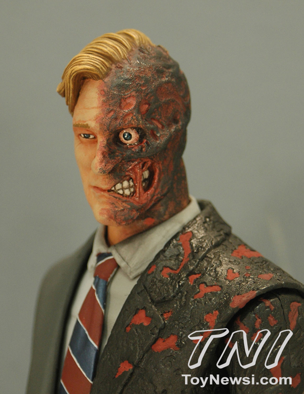 two-face-close__scaled_600