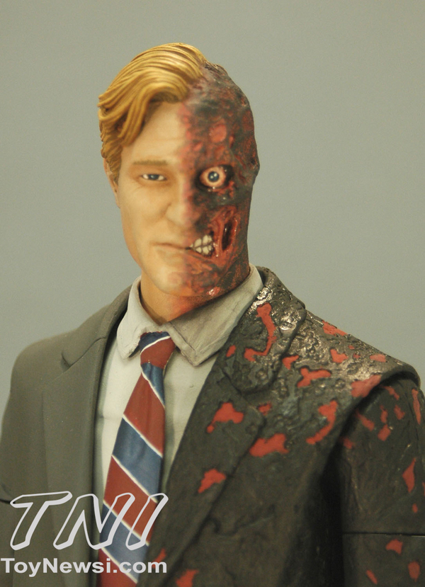 two-face-front__scaled_600