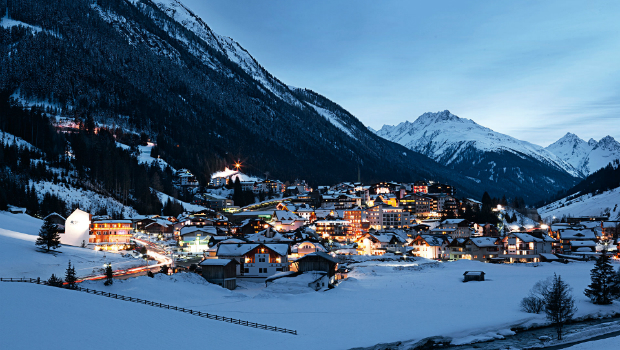 Ischgl: Top winter destination for skiing and party