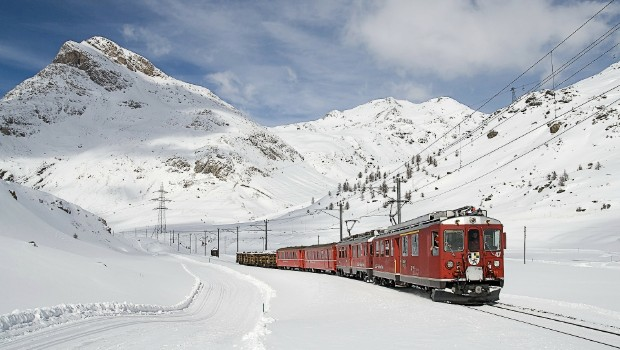 How to Get from Zurich Airport to St Moritz