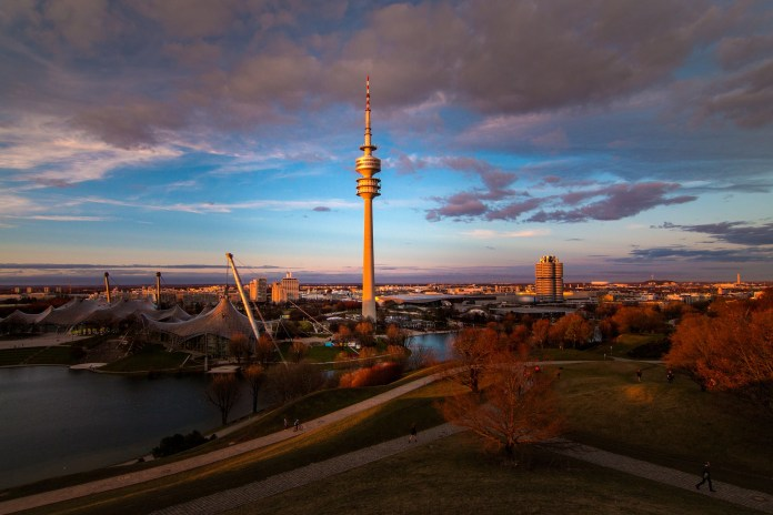 Get the Best of Munich and Its Ski Resorts