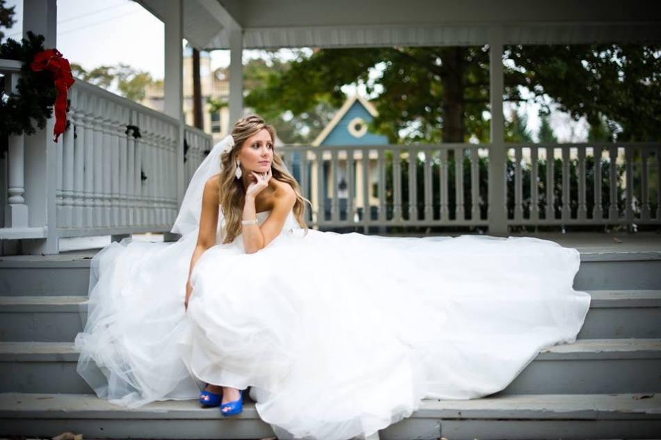 wedding-day-bride-something-blue-shoes