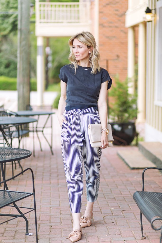 workwear-summer-outfit-highwaist-striped-pants-Zara-bow-flats-city-peach