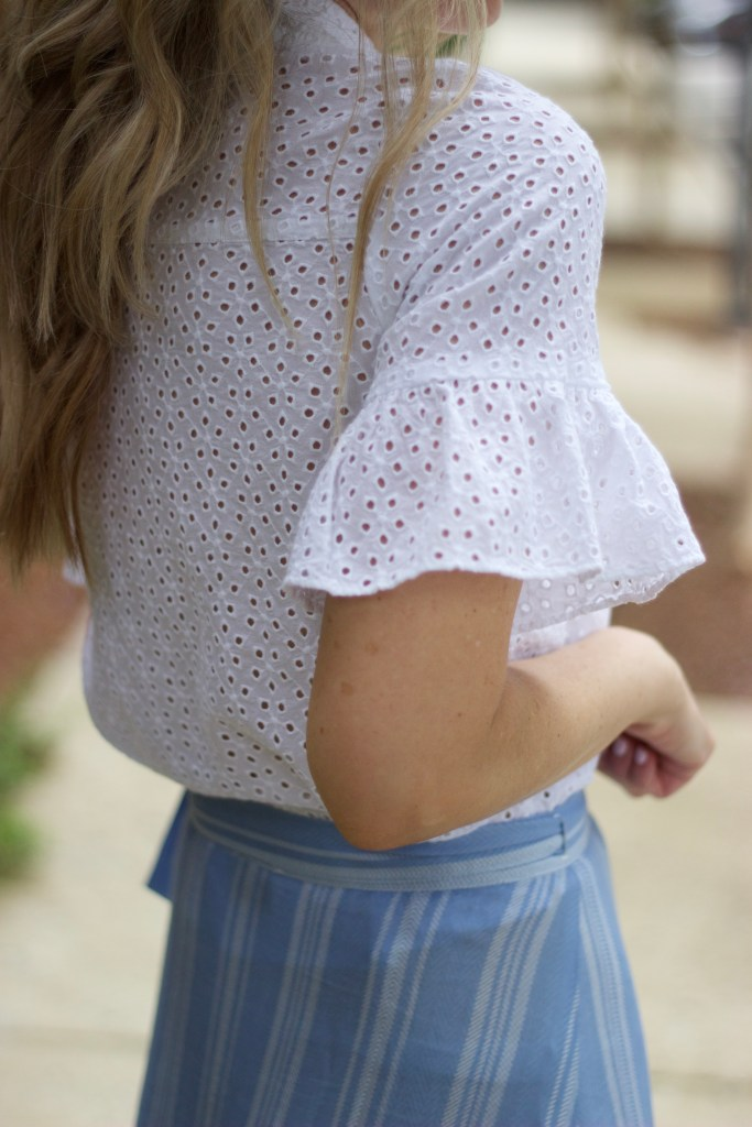 madewell-eyelet-bell-sleeve-top-city-peach