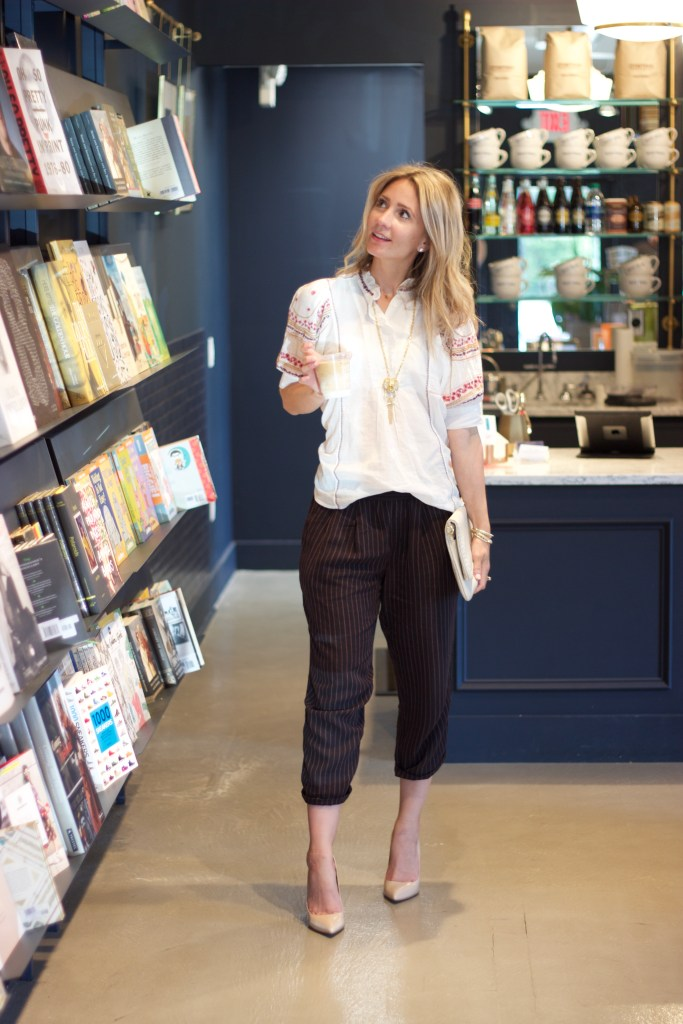 anthropologie-boho-chic-nude-heels-coffee-book-shop-city-peach