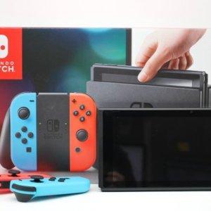 台南府前路收購二手SWITCH遊戲主機 任天堂 Nintendo Switch 主機 掌上型遊戲機 紅藍版 二手遊戲主機