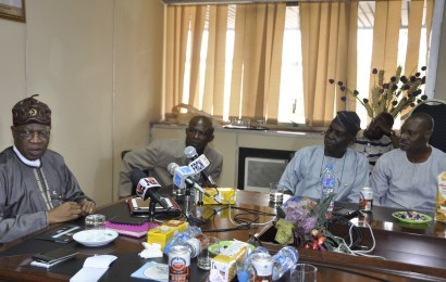 FG pledges support for Artists