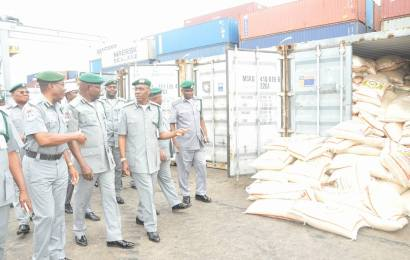 Customs impounds 14,000 bags of rice at Tin-Can Island Command