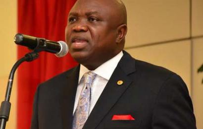 Lagos Reduces 2019 Budget By N287.68b