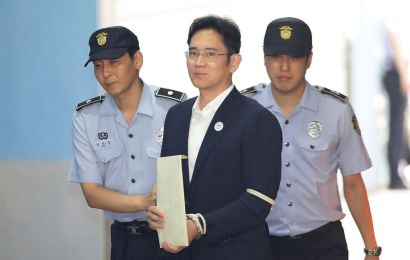Samsung heir freed from jail