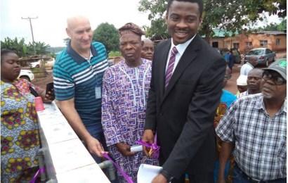 Okomu Oil Donates Borehole To Odiguetue Community