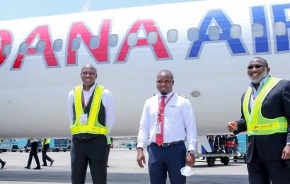 Dana Air Decorates New Captains