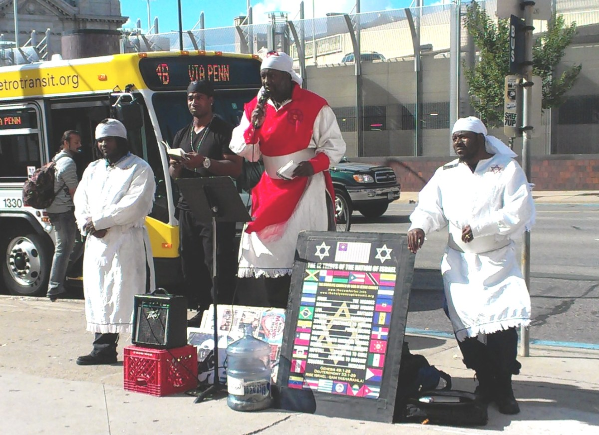 Hebrew Israelites post on Hennepin Ave.