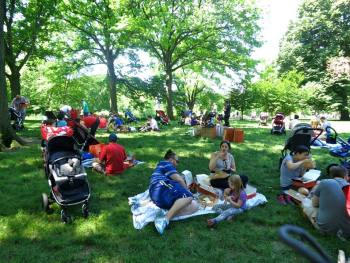 NYC Dads Group Father's Day family picnic