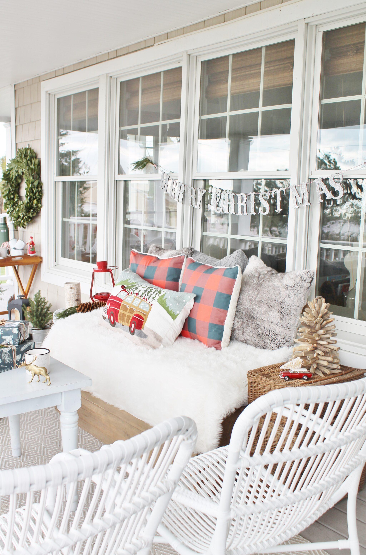 Simple Tips For Outdoor Decorating - City Farmhouse on Farmhouse Yard Ideas id=15644