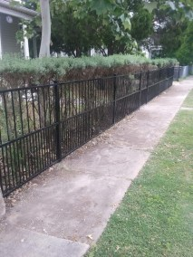Smooth Top Smooth Bottom Fencing