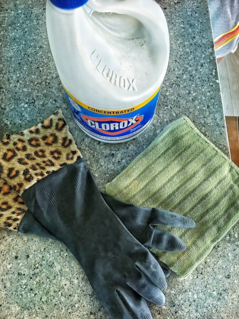 Use gloves with Bleach