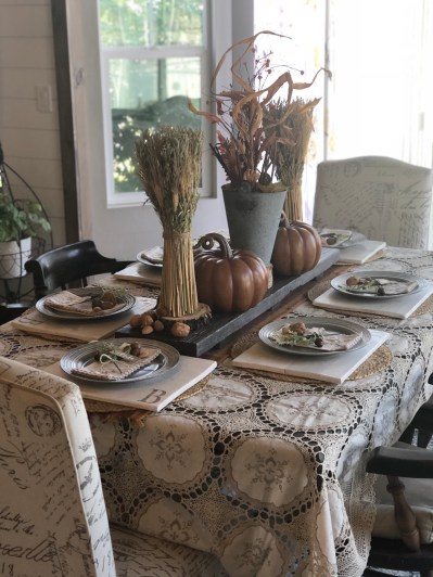 Fall Table Decorating