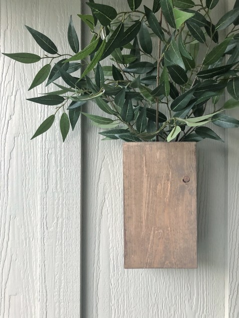 DIY Wood Wall Vase