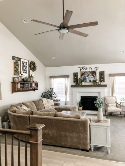 Hunter Ceiling Fan in Living Room Warrant 70 inch in Brushed Nickel