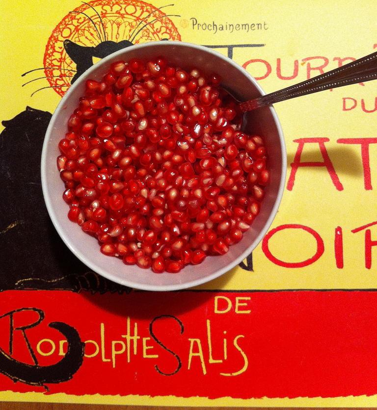 Pomegranate Season (3/4)