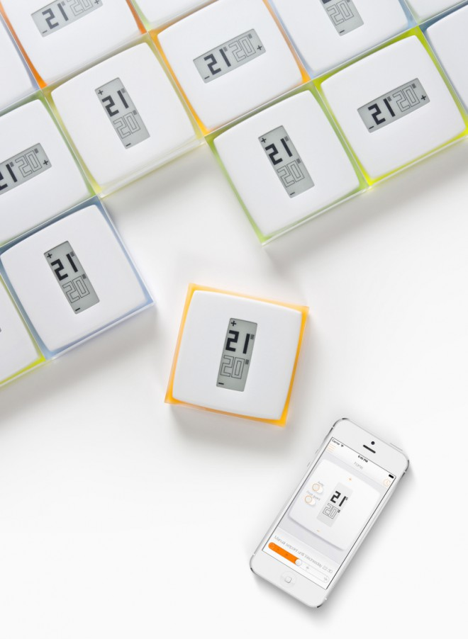 """""""Netatmo"""", Philippe Starck - Termostat prek aplikacije na pametnem telefonu omogoča upravljanje z gretjem v vašem domu."""