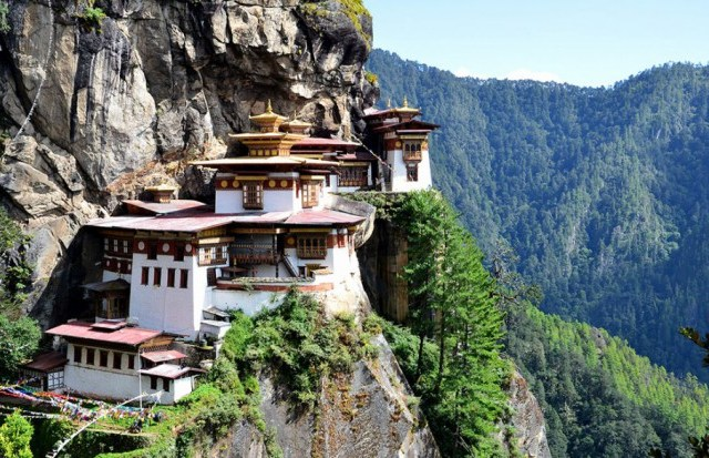 Samostan Tigrovo gnezdo, Dolina Paro, Bhutan. Foto: News.distractify