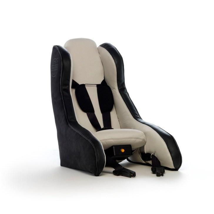 volvo-inflatable-child-seat-001-1
