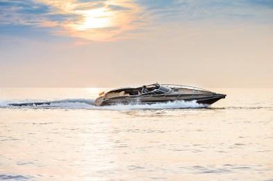 yacht-XRS43-9