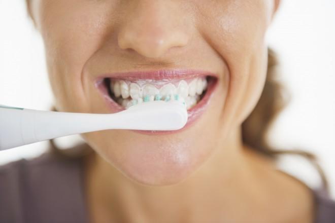 Zobna pasta za beljenje zob