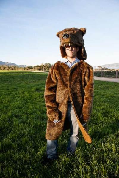 ''To ni kostum, to je življenjski stil,'' pravi lastnik podjetja GrizCoat.