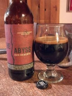 14. Deschutes - The Abyss. To je temno pivo iz ameriškega Oregona. Ocena: 4.243/5