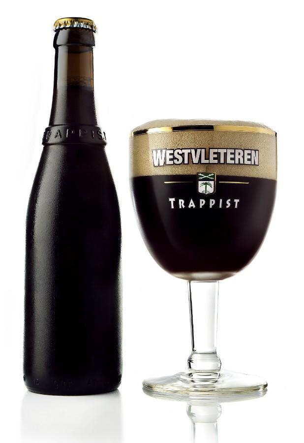 1. Westvleteren - 12. Ta trapistovski ale prihaja iz Belgije in ga še danes varijo v samostanu. Ocena: 4.499/5