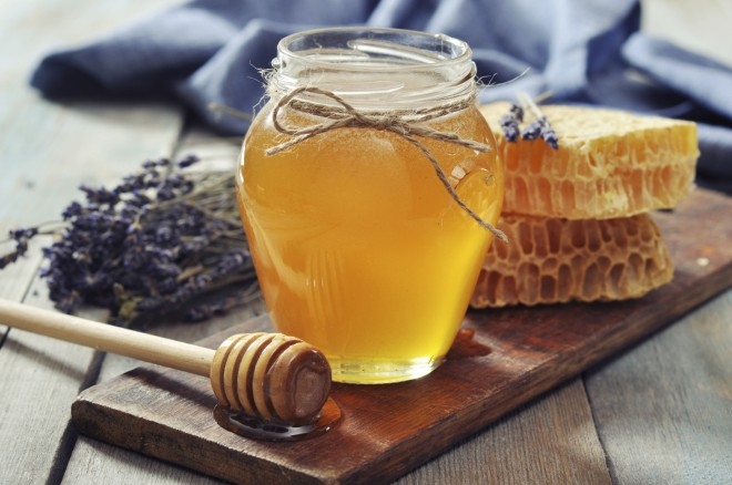 Med je učinkovito zdravilo proti proti prehladu.